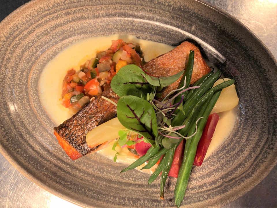 Restaurant alimentation Chez Truchon - Auberge & Bistro La Malbaie Québec Ulocal produit local achat local produits du terroir