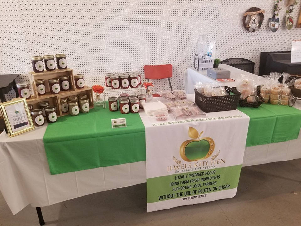 public markets jewel's kitchen kiosk cobden farmers market cobden ontario canada ulocal local products local purchase local produce locavore tourist