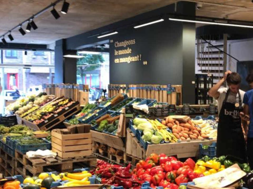 Organic ecological grocery store Zero waste Färm Brussels Belgium Ulocal local product local purchase