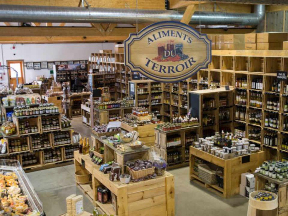 Ferme épicerie produits du terroir boulangerie boucherie alcool microbrasserie Ferme Guyon Ulocal produit local achat local
