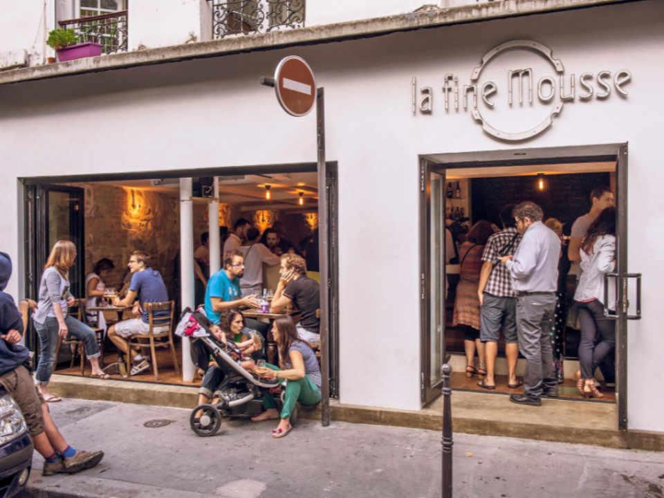 Restaurant alcool bière artisanale La Fine Mousse Paris France Ulocal produit local achat local