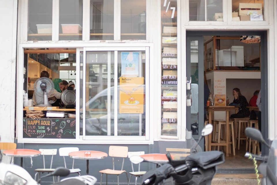 Organic and local restaurant Le Bichat France Paris Ulocal local product local purchase