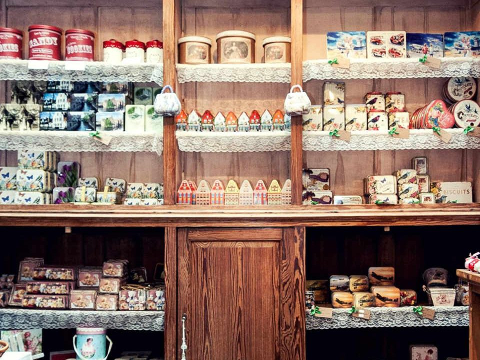 Chocolaterie boutique d'aliment 100% cacao The Old Chocolate House Brugges Belgique ulocal produit local achat local
