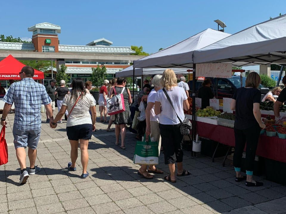 public markets sunny and busy day at the market whitby farmers market whitby ontario canada ulocal local products local purchase local produce locavore tourist