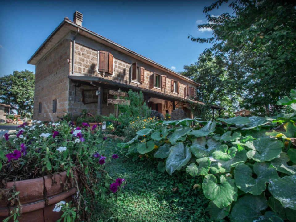 ferme restaurant Italie Sorano GR Agriturismo Aia del Tufo Ulocal produit local achat local