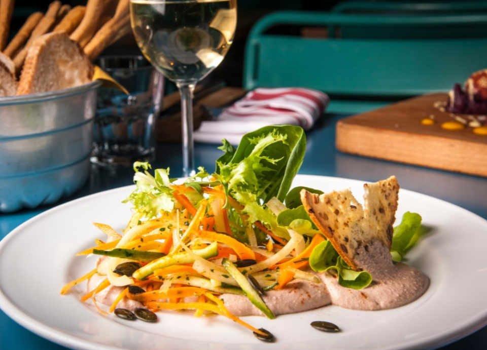 Restaurant alimentation lieu culturel écologique Cascina Cuccagna Milano Italie Ulocal produit local achat local