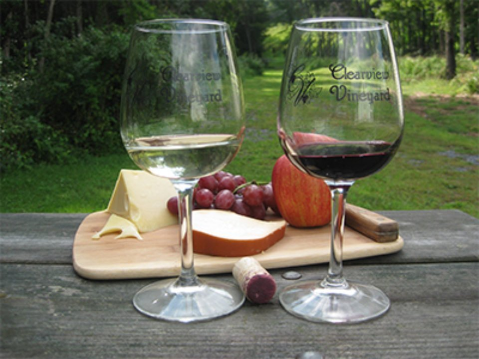 vineyards 2 glasses of white and red wine with fruit and cheese plate clearview vineyard warwick new york united states ulocal local products local purchase local produce locavore tourist