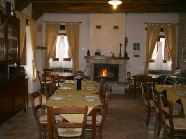 Food restaurant Agriturismo Jostaria Borgo Pace PU Italy Ulocal local product local purchase