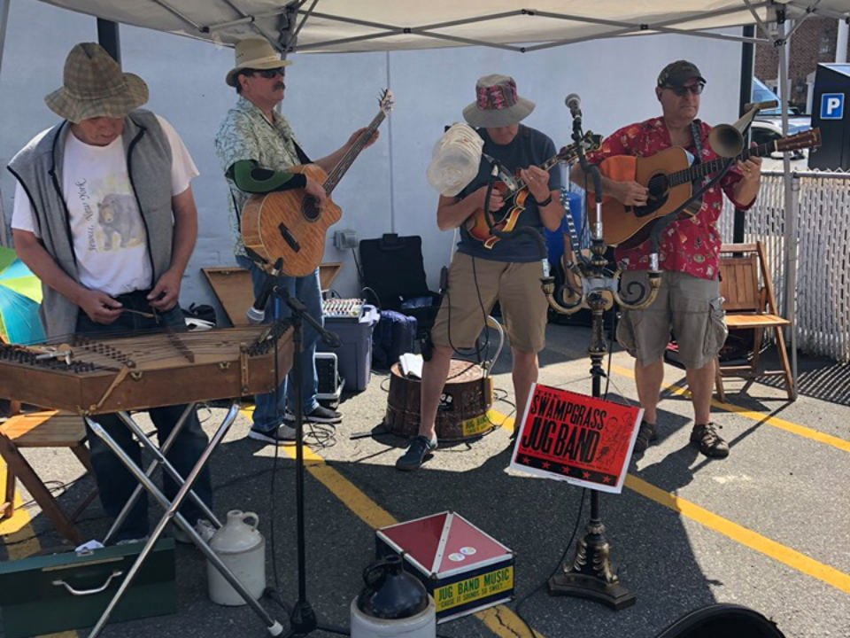 public markets live music of the band the swampgrass jug-band nutley farmers market nutley new jersey united states ulocal local products local purchase local produce locavore tourist