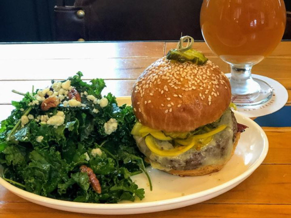restaurant 2153/5000 burger with kale salad and local draft beer the dinky bar and kitchen princeton new jersey united states ulocal local products local purchase local produce locavore tourist