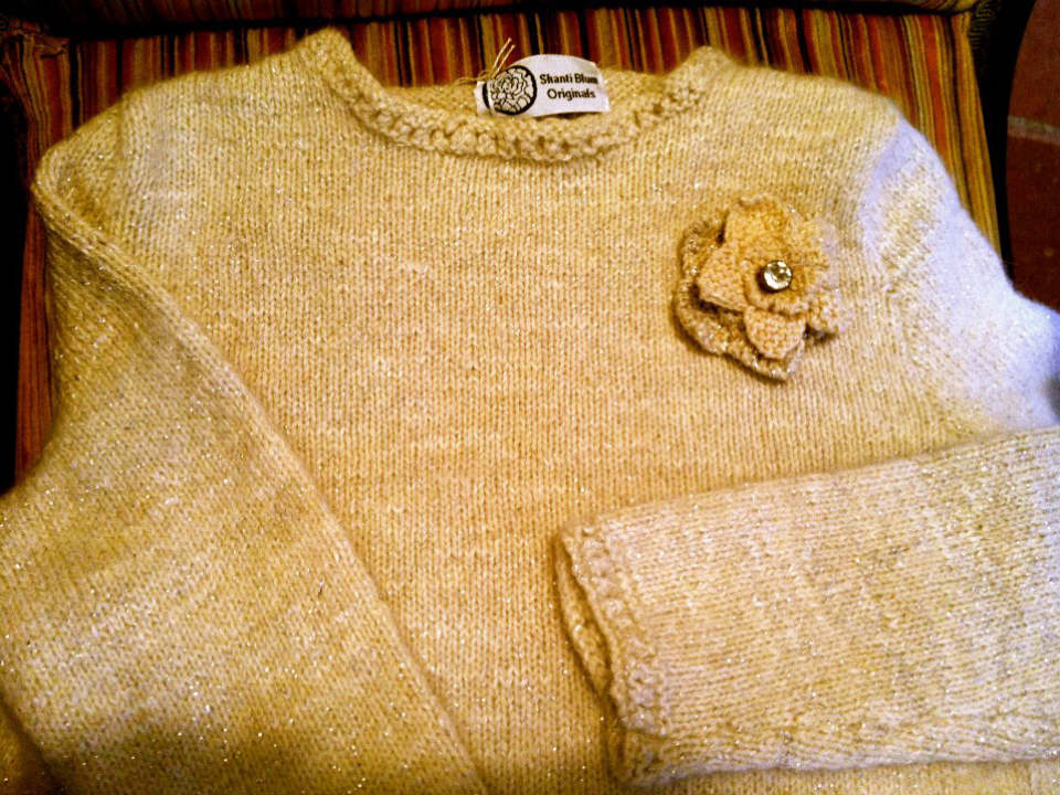 boutique hand knit sweater allen farm sheep and wool co chilmark massachusetts united states ulocal local products local purchase local produce locavore tourist