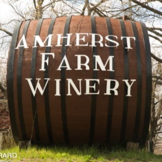 vineyards logo amherst farm winery amherst massachusetts united states ulocal local products local purchase local produce locavore tourist