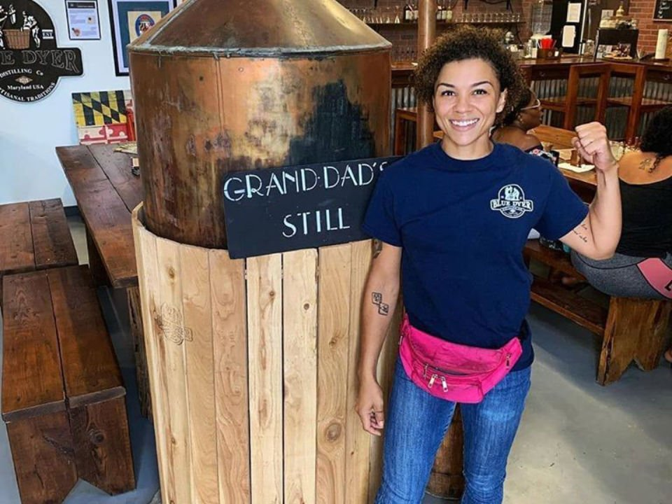 liquor woman working in the tasting bar bluedyer distilling co waldorf maryland united states ulocal local products local purchase local produce locavore tourist
