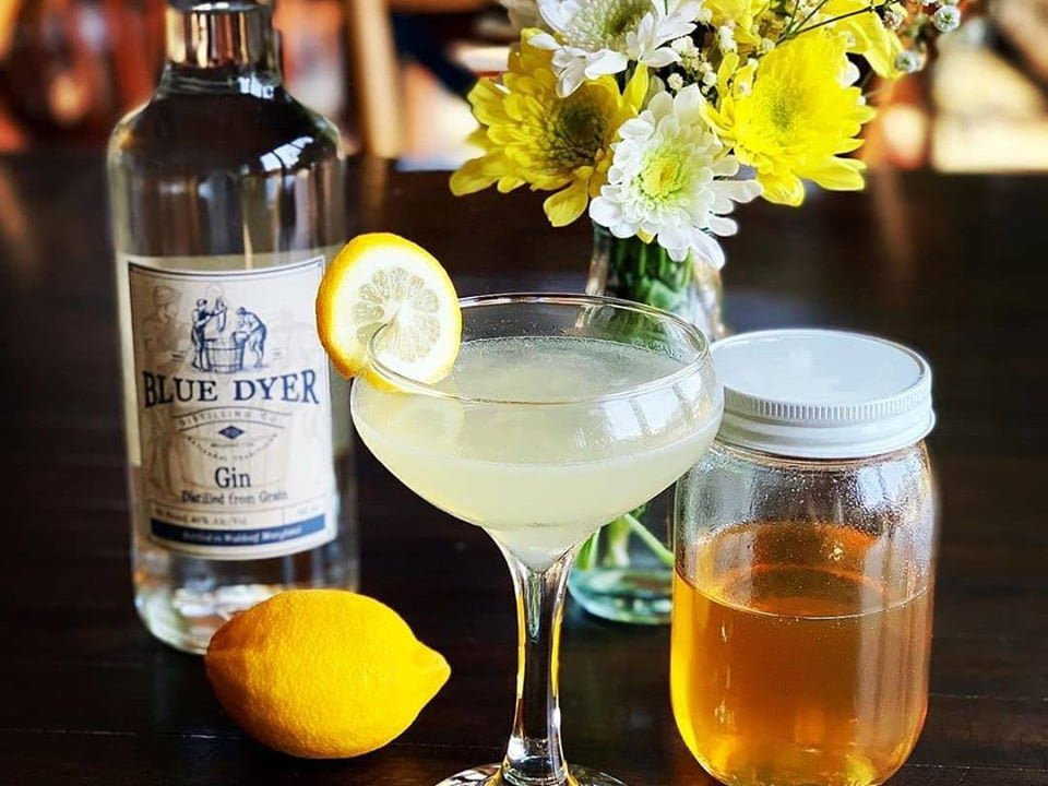 liquor special cocktail blue dyer gin with flower pot lemon and honey bluedyer distilling co waldorf maryland united states ulocal local products local purchase local produce locavore tourist
