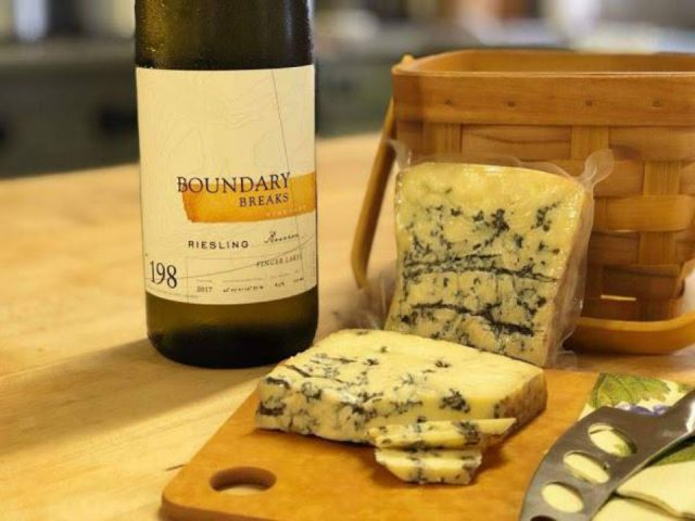 vineyards elegant pairing of our Riesling Reserve # 198 and Muranda Blue Cheese boundary breaks vineyard lodi new york united states ulocal local products local purchase local produce locavore tourist