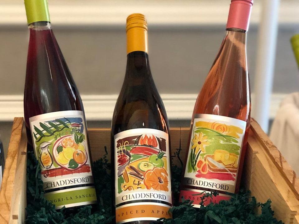 vignoble 3 bouteilles de vin du vignoble dans une boite de bois chaddsford winery chadds ford pennsylvanie états unis ulocal produits locaux achat local produits du terroir locavore touriste