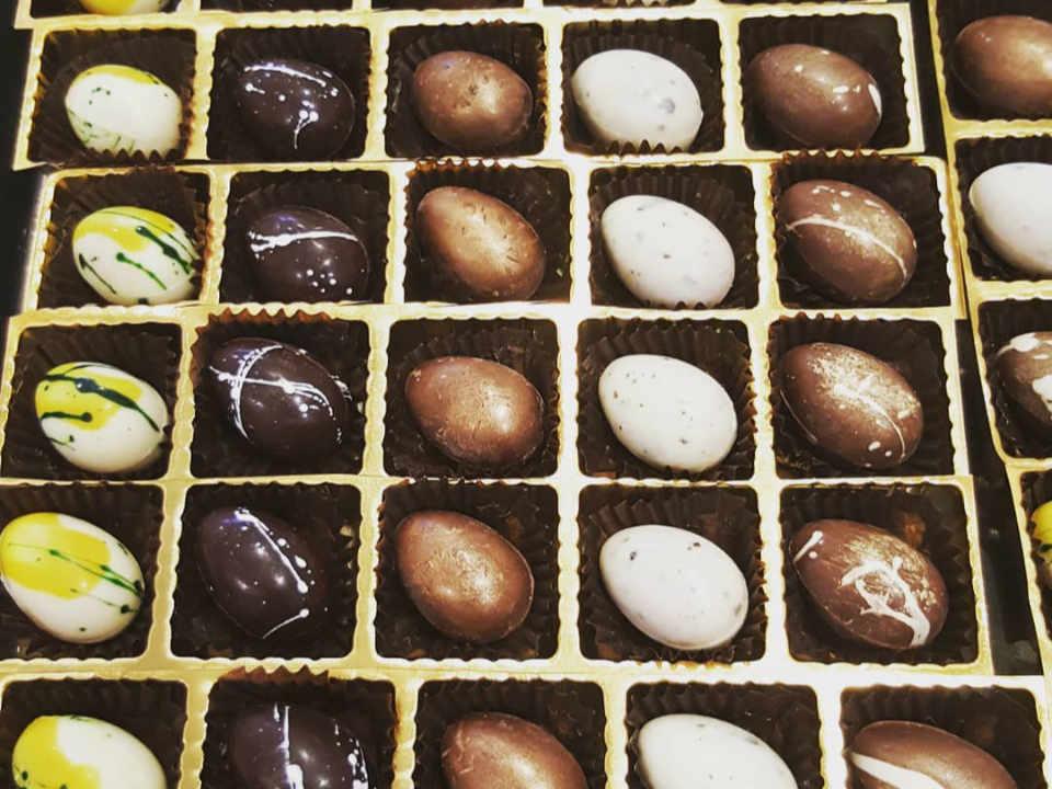 Chocolate factories Kakawa Chocolates Darlinghurst Australia Ulocal local product local purchase