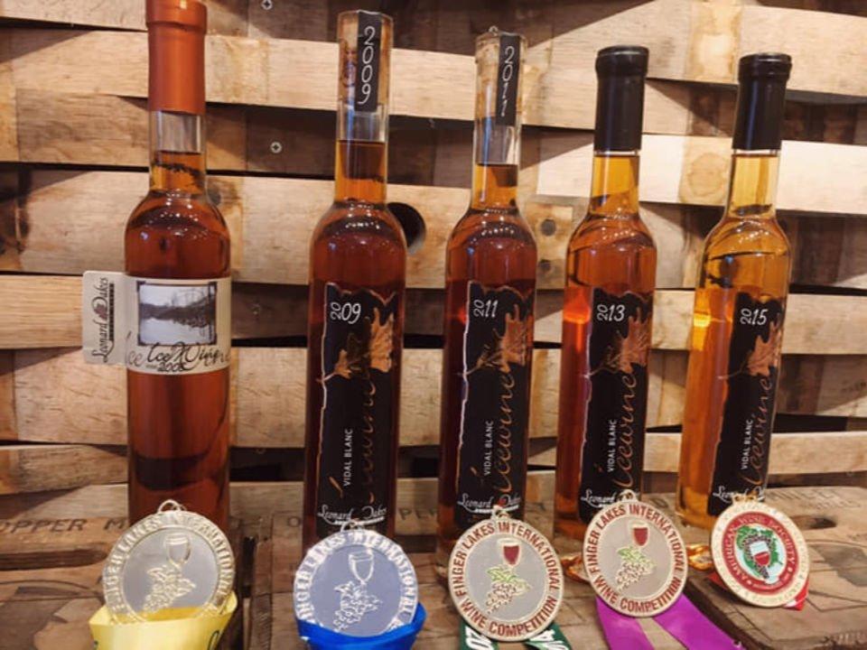 vignoble vin desserts primés du vignoble leonard oakes estate winery medina new york états unis ulocal produits locaux achat local produits du terroir locavore touriste