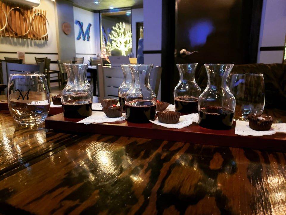 vignoble accord vin et chocolat avec des chocolats bella faccia mucciolo family wines old forge pennsylvanie états unis ulocal produits locaux achat local produits du terroir locavore touriste