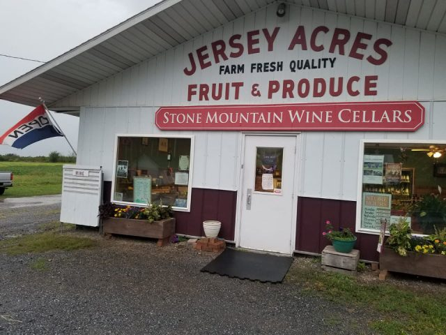 vineyards front of the shop with sign on the white building stone mountain wine cellars pine grove pennsylvania united states ulocal local products local purchase local produce locavore tourist