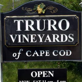 vignoble logo truro vineyards north truro massachusetts états unis ulocal produits locaux achat local produits du terroir locavore touriste
