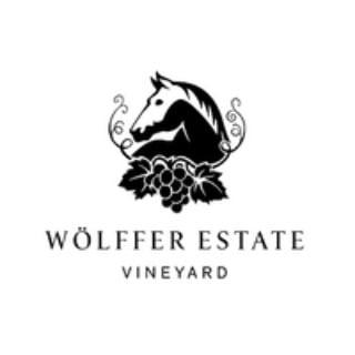 vignoble logo wolffer estate vineyard sagaponack new york états unis ulocal produits locaux achat local produits du terroir locavore touriste