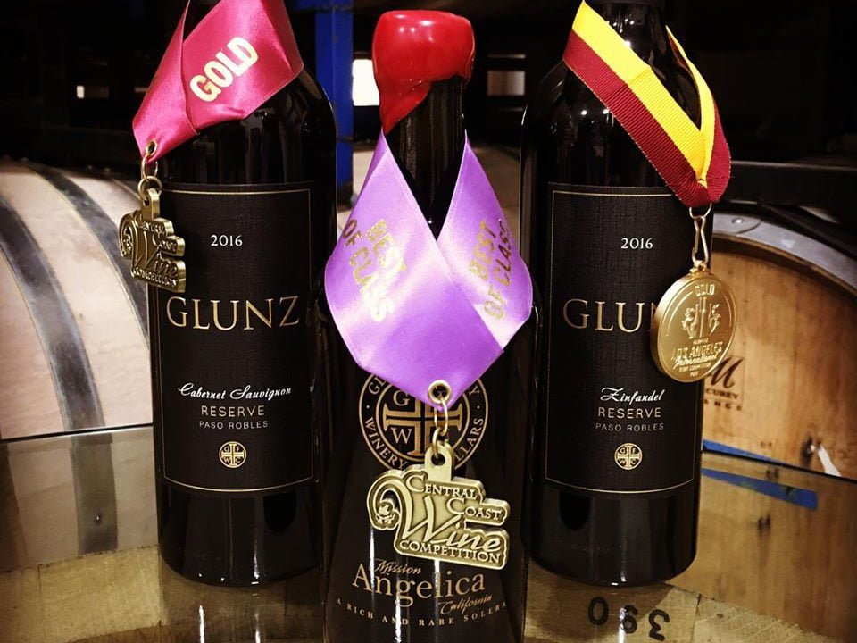 vineyards assortment of 3 award-winning wine bottles from the vineyard glunz family winery and cellars grayslake illinois united states ulocal local products local purchase local produce locavore tourist