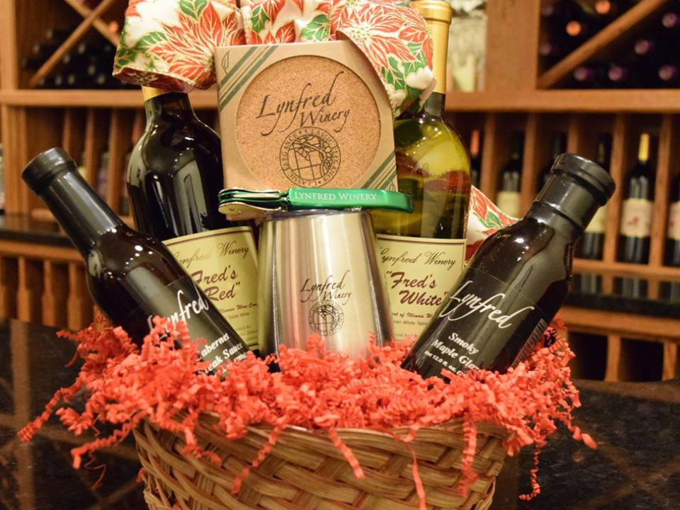 vineyards basket with freds red and white wine lynfred glaze lynfred steak sauce corkscrew coasters and tumbler lynfred winery roselle illinois united states ulocal local products local purchase local produce locavore tourist