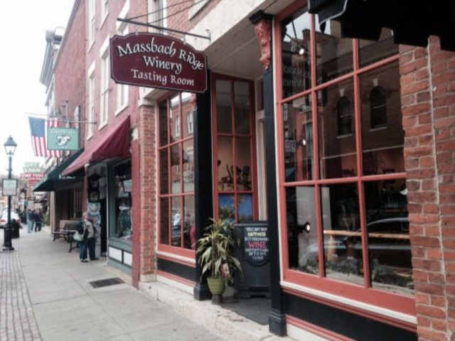vineyards facade of the tasting shop downtown with sign on the building massbach ridge downtown tasting room galena illinois united states ulocal local products local purchase local produce locavore tourist