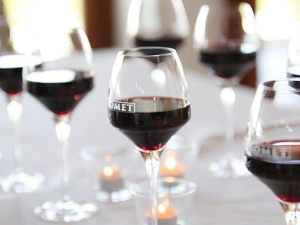Vineyard Liquor Food Sirromet Wines Cotton Mount QLD Australia Ulocal Local Product Local Purchase