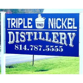 alcool logo triple nickel distillery weedville pennsylvanie états unis ulocal produits locaux achat local produits du terroir locavore touriste
