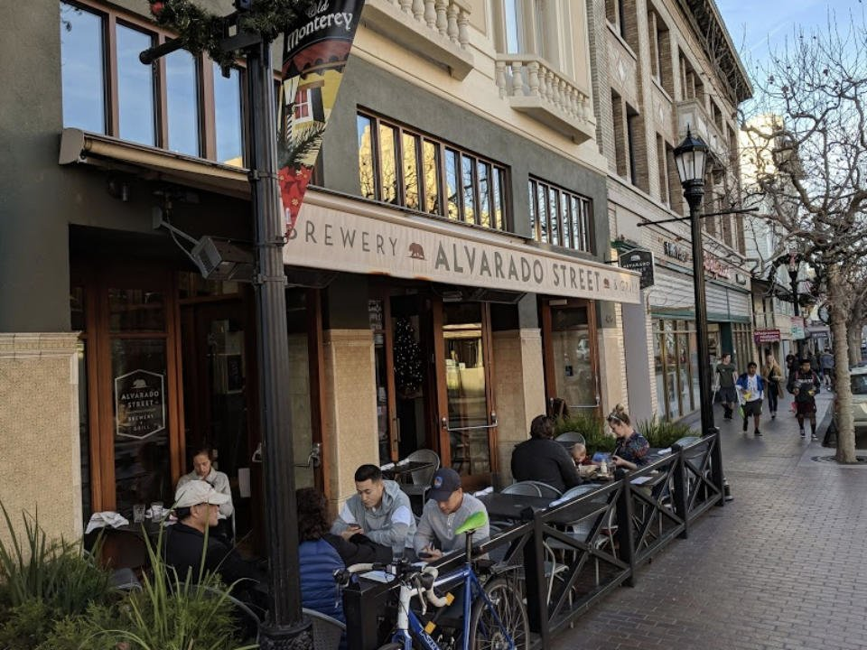 alcool alimentation microbrasserie restaurant alvarado street brewery monterey californie ulocal produit local achat local
