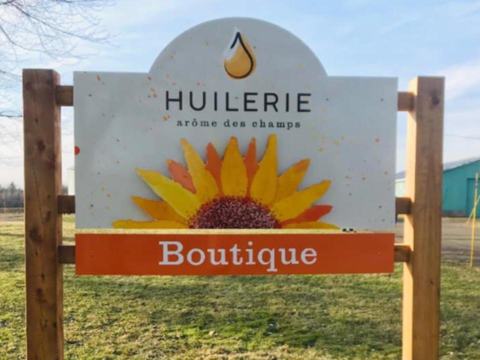 Boutique huiles biologiques tournesol Huilerie l'arôme des champs Bromont Québec ulocal produit local achat local