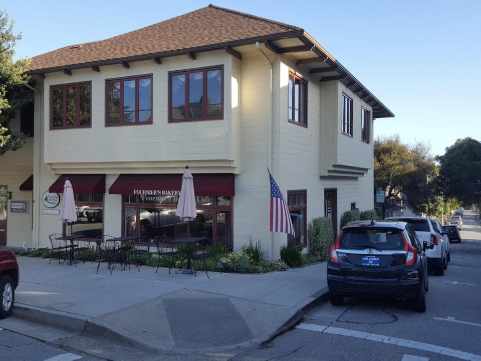 alimentation boulangerie cafe fourniers bakery cafe pacific grove californie ulocal produit local achat local