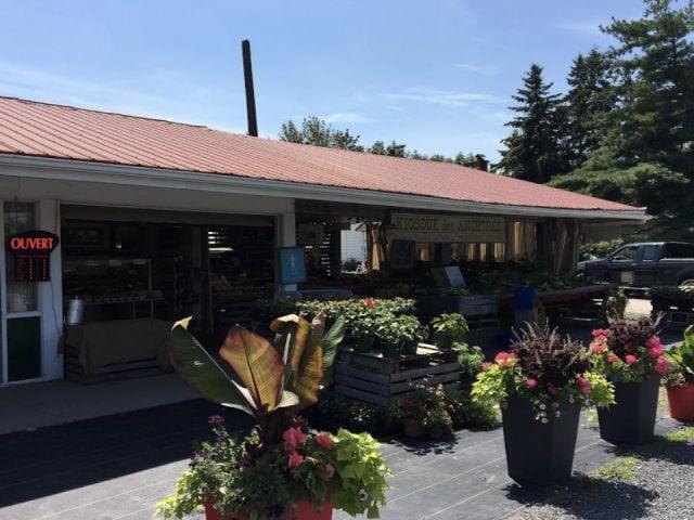 food produce markets kiosque des ancetres laval quebec ulocal produit local achat local