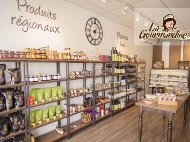 Bakery pastry shop food store regional products Boulangerie La Gourmandine Amos Quebec Ulocal local product local purchase