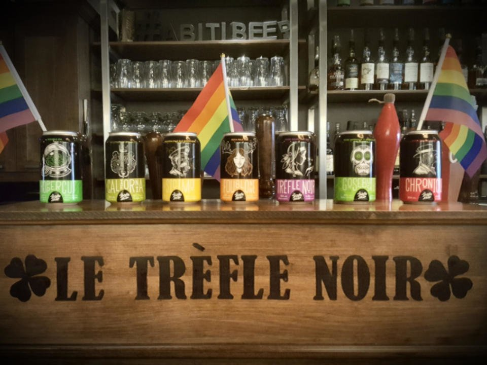 Microbrewery craft beers alcohol drinks food Le Trèfle Noir Rouyn-Noranda Quebec ulocal local product local purchase