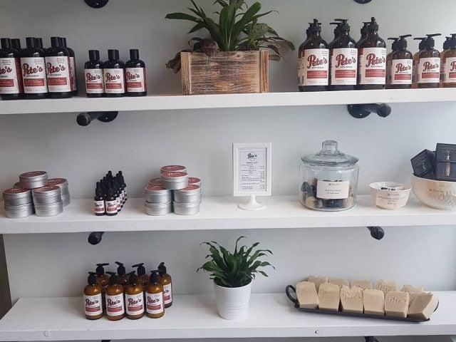 Boutique zéro déchet produits cosmétique produits ménager Molloy's Bulk Refill & Soap Supply Cambridge Ontario Ulocal produit local achat local