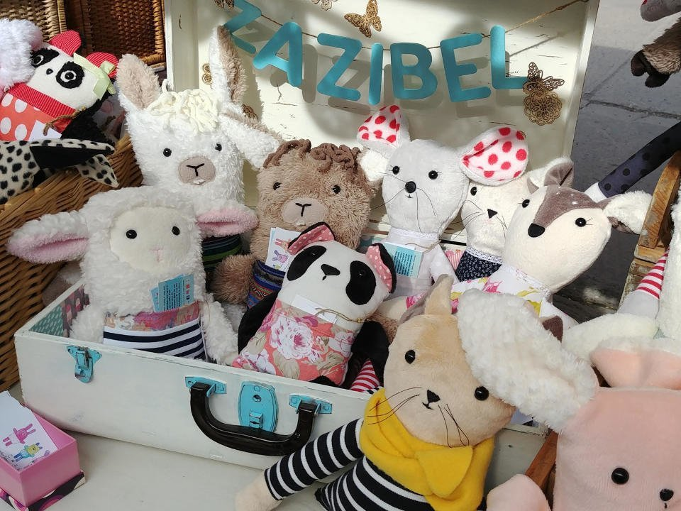 Artisan stuffed animals Zazibel Verdun Quebec Ulocal local product local purchase