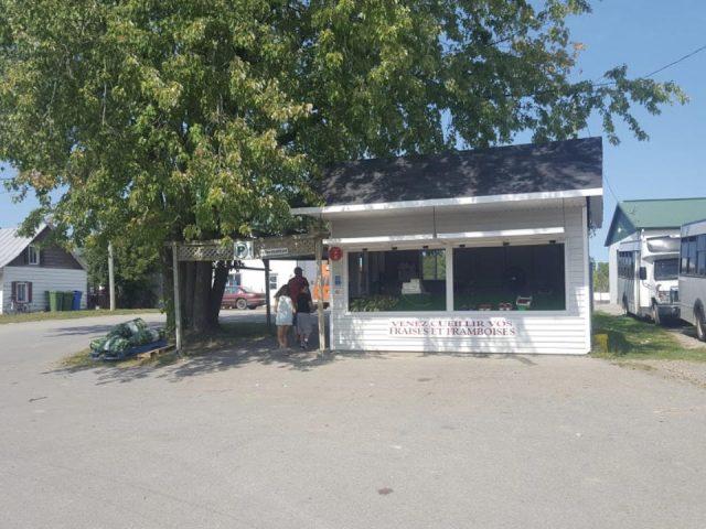 alimentation autocueillette fermiers de famille a belisle et fils saint eustache quebec ulocal produit local achat local