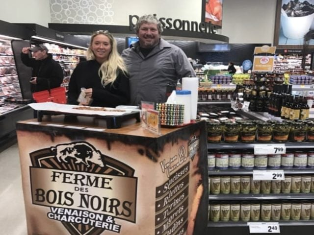 food sale of meat family farmers ferme des bois noirs mirabel quebec ulocal local product local purchase