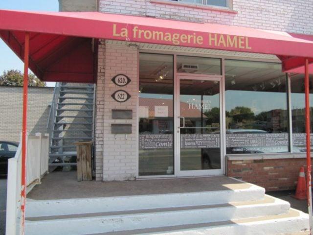 fromagerie façade de la boutique la fromagerie hamel montreal quebec canada ulocal produits locaux achat local produits du terroir locavore touriste