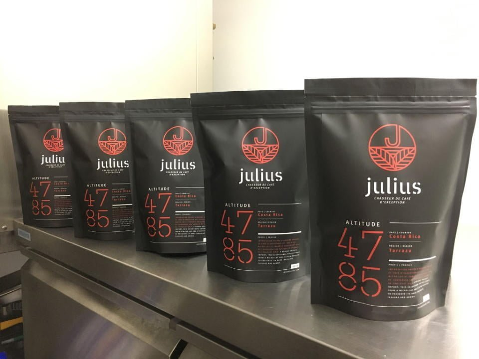 Cafe torrefication food store Julius cafe Bromont Quebec Ulocal local product local purchase
