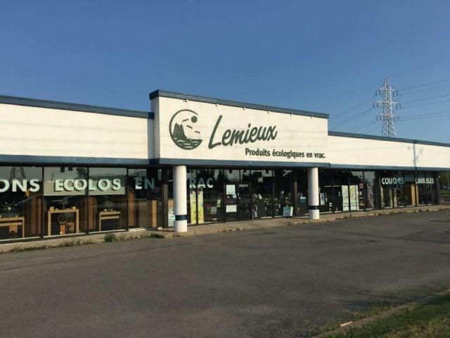 boutique façade extérieure de la boutique produits ecologique lemieux brossard quebec canada ulocal produits locaux achat local produits du terroir locavore touriste