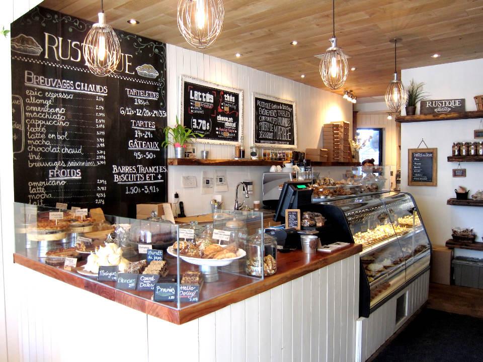 pâtisserie bakery and pastry shop interior with daily produce counter rustique montréal quebec canada ulocal produits locaux achat local produits du terroir locavore touriste