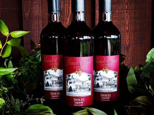 vignoble bouteilles de vin saude creek vineyards lanexa virginie états unis ulocal produits locaux achat local produits du terroir locavore touriste