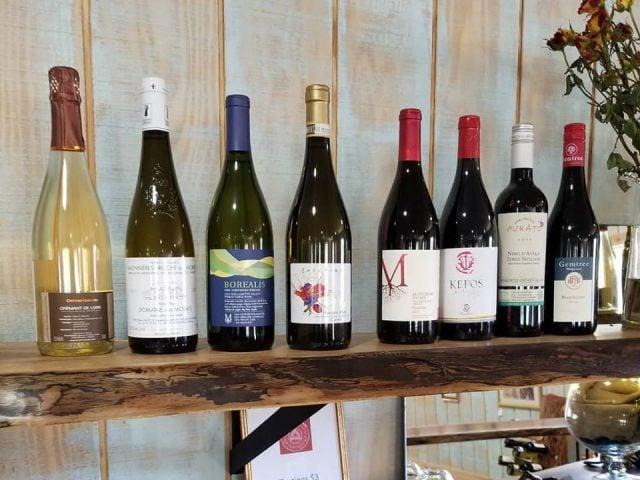 vignoble bouteilles de vin seven doors winery huddleston virginie états unis ulocal produits locaux achat local produits du terroir locavore touriste