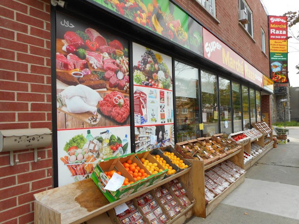 specialty grocery store facade of the grocery store supermarche raza montréal quebec canada ulocal local products local purchase local produce locavore tourist