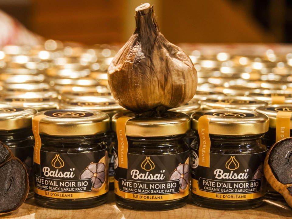 Ail noir logo BALSAÏ, l'Authentique Ail Noir BIO de l'île Sainte-Pétronille Québec Ulocal produit local achat local produits du terroir