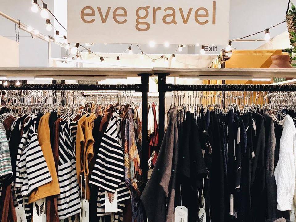 vêtements vêtements dans la boutique eve gravel montréal quebec canada ulocal produits locaux achat local produits du terroir locavore touriste